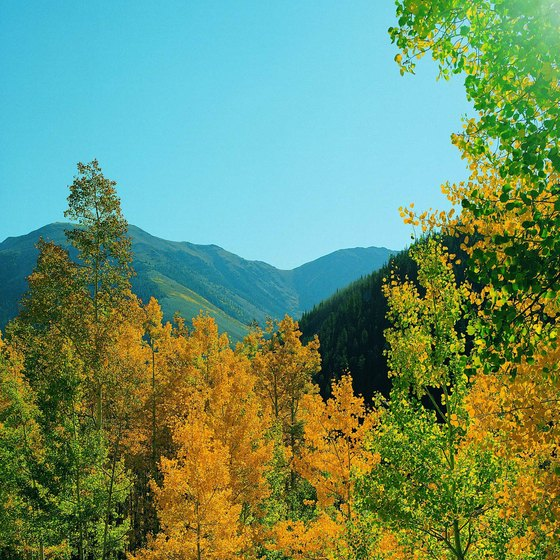Pleasant weather and colorful foliage make autumn perfect for Colorado hiking.
