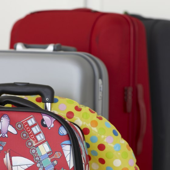 Stay informed of the rules to pack properly for your airplane ride.