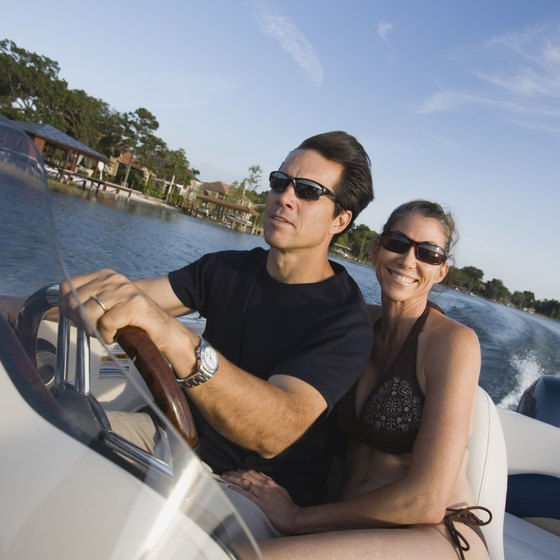 From speed boats to family cruisers, they're all available for rent in Cape Coral.