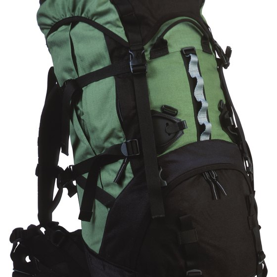 f85696950125 How to Transport a Backpack on an Airline