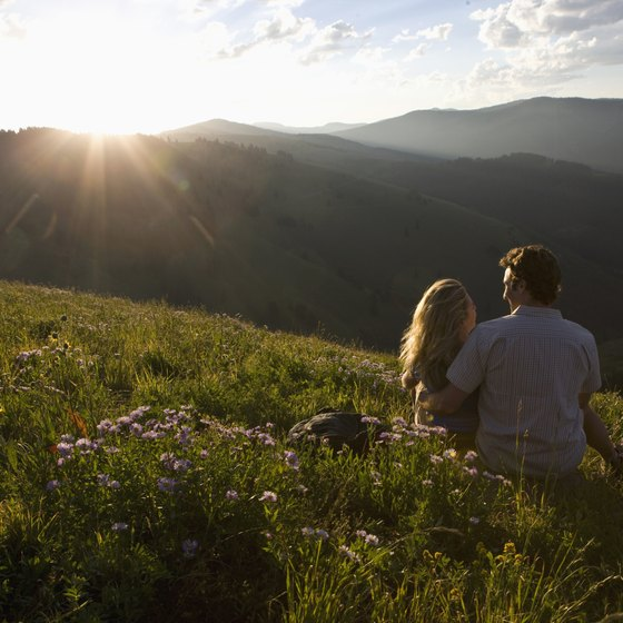 California's southern mountains provide plenty of scenery to enjoy together.