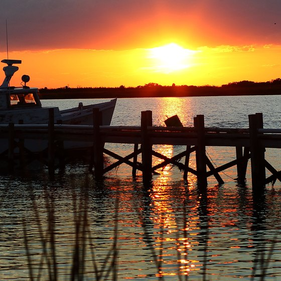 Places With Piers in Maryland to Go Crabbing & Fishing