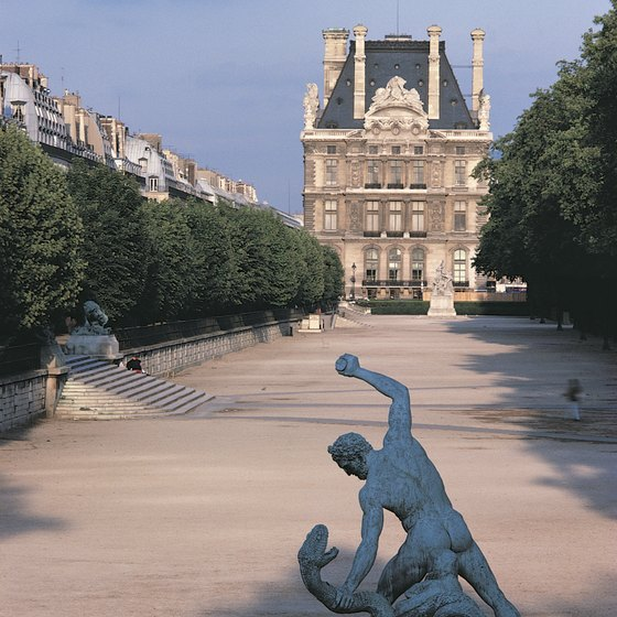 The Louvre Museum, bordering the Tuileries Gardens, is within walking distance of the Ritz Hotel.