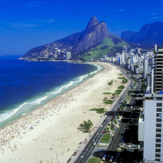 Rio welcomes you with a beautiful view of the sea.