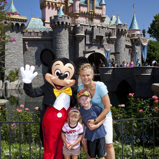 Accommodations are only minutes away from Disneyland.