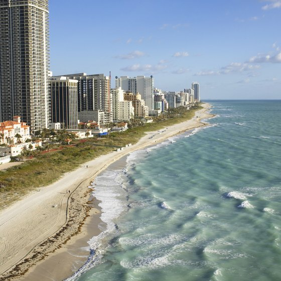 Miami Beach temperatures rarely go below 70 degrees Fahrenheit.