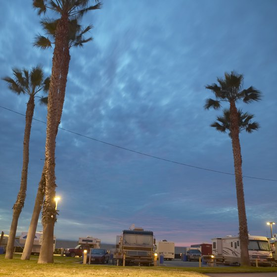 Families enjoy RV camping in Florida.