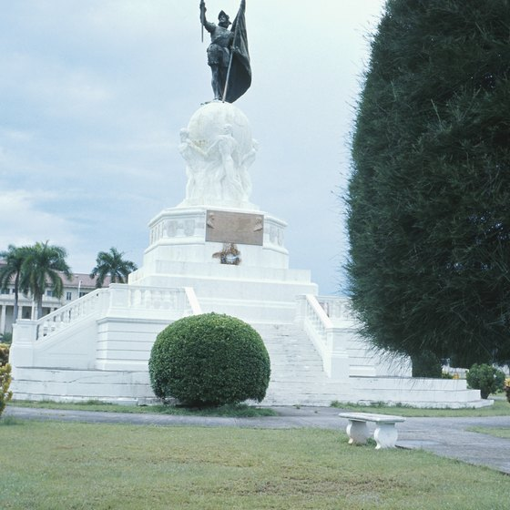 Famous Monuments In Panama
