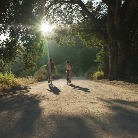 Cycle your way through the Palo Alto region.
