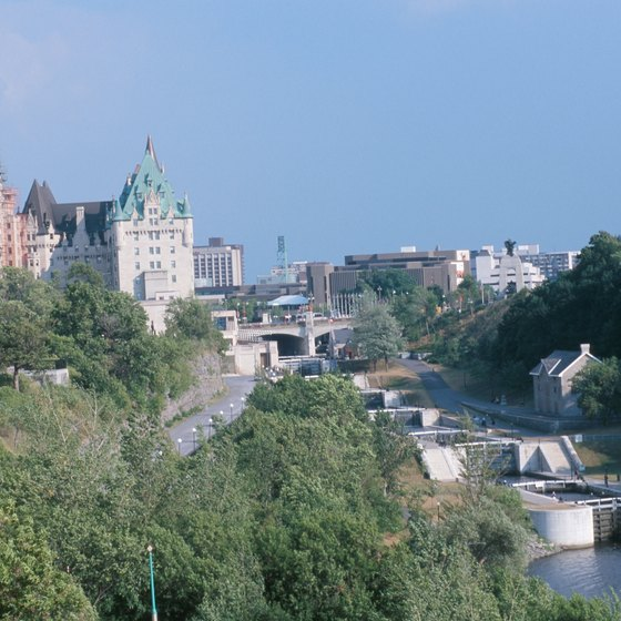 Visitors to Ottawa can enjoy a range of sightseeing cruises on the Ottawa River