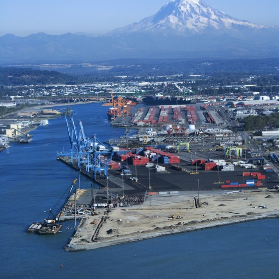 Harbors, ports, bays and beaches in Tacoma have views of Mt. Ranier.