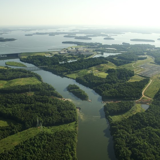 North Carolina's Lake Norman is a hot spot for outdoor recreation.