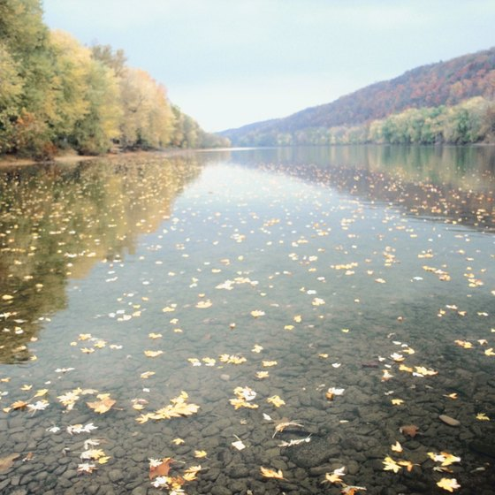 Bushkill lies on the Pennsylvania side of the Delaware River.
