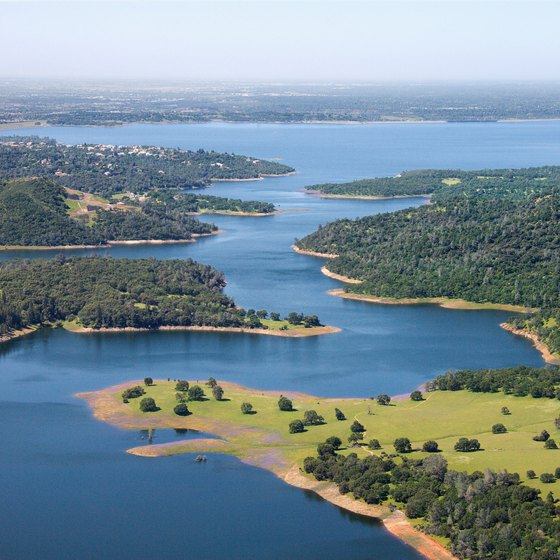 Folsom Lake, near El Dorado Hills, attracts boaters, anglers, swimmers and water skiers.