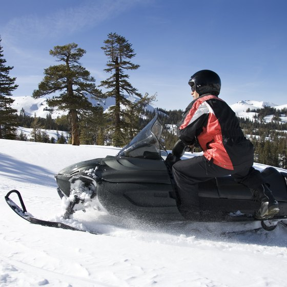 Explore 300 miles of snowmobile trails in Fon du Lac County.