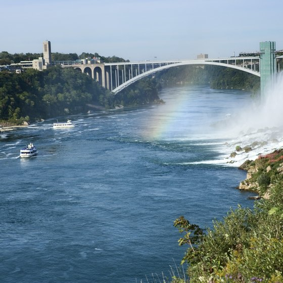 Niagara Falls visitors can walk or drive across the Rainbow Bridge.