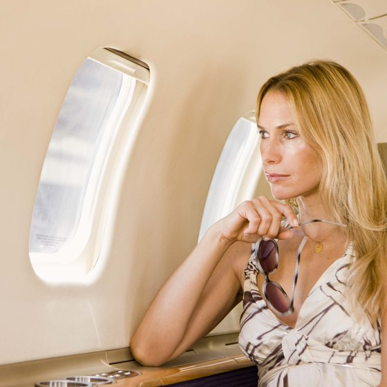 Looking out a plane's window might increase flight anxiety.