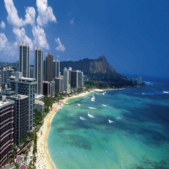 The 14-story Waikiki Circle Hotel provides direct beach access.