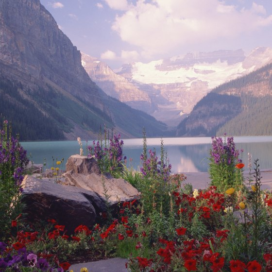Banff National Park encompasses over 2,500 square miles.