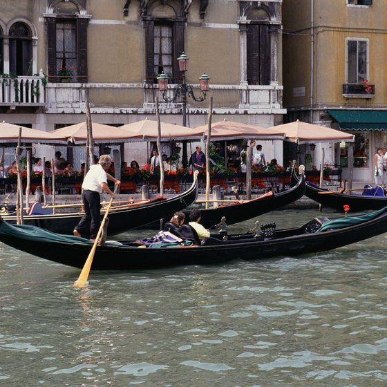 September sees Venice's Grand Canal become even more crowded for the Historic Regatta.