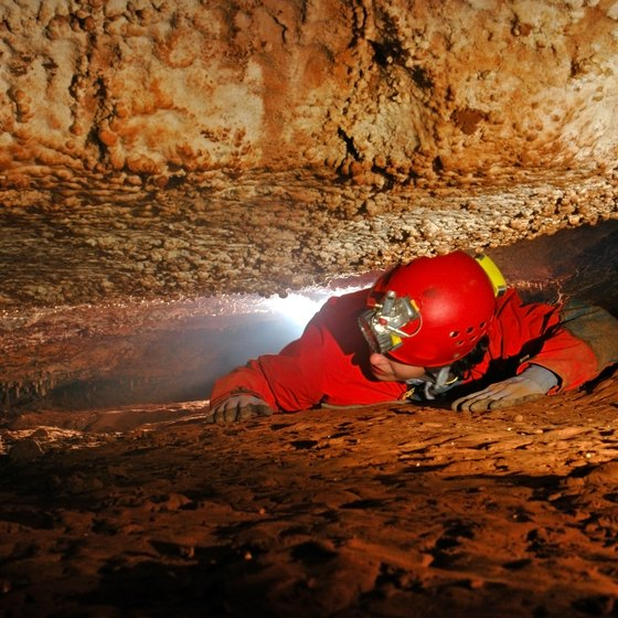 Spelunking Sites in Tennessee