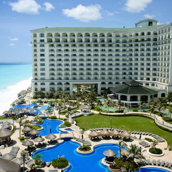 Cancun All-Inclusive Singles Hotels