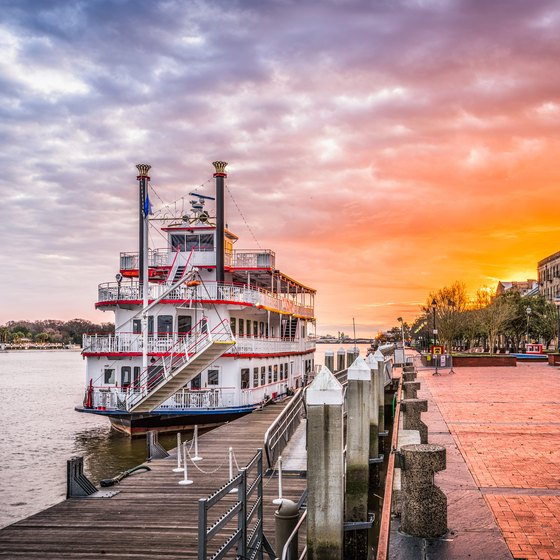 Riverboat Cruises With Dinners in Savannah, Georgia