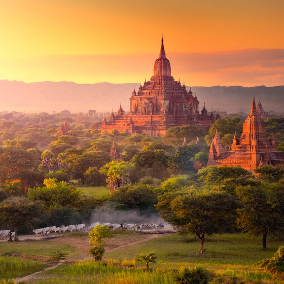 How to Travel From Mandalay to Yangon in Burma