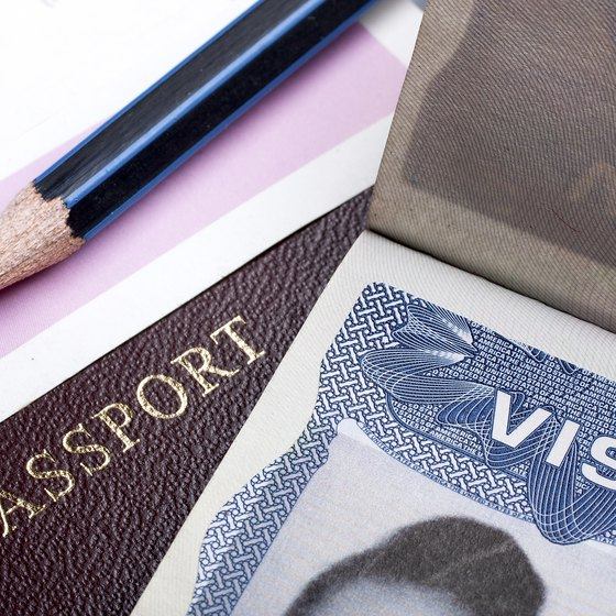 How to Get a Visa to Pakistan