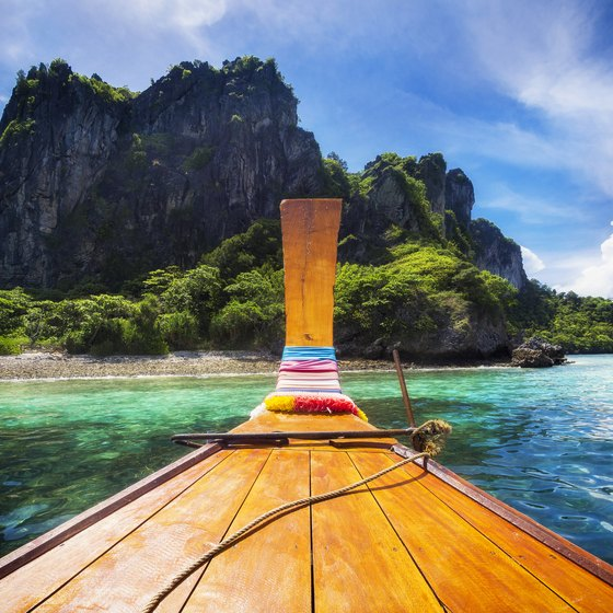 How to Go on a Vacation to Thailand
