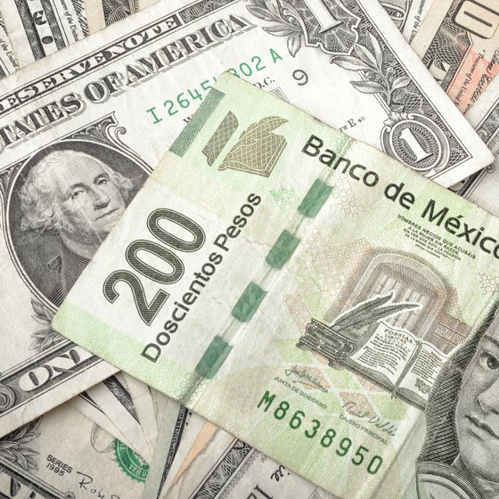 How to Convert Dollars to Pesos for Travel