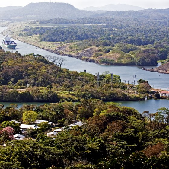How to Travel to the Panama Canal
