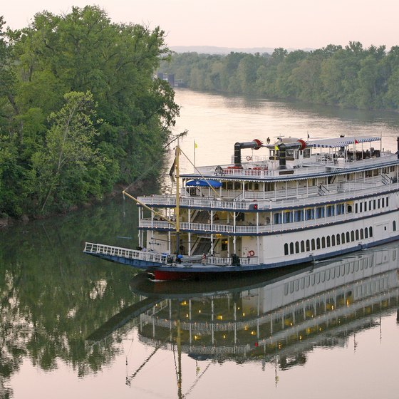 Kentucky River Dinner Cruises