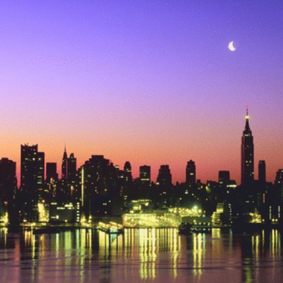 A tour to New York City from New Jersey begins with a spectacular skyline view.