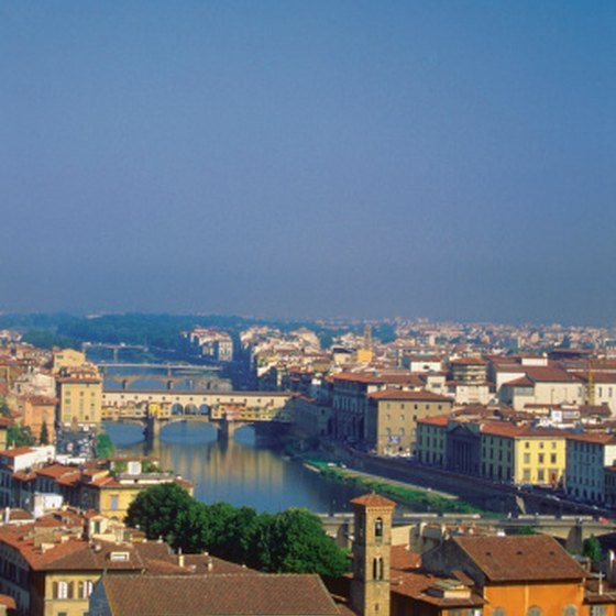 The Arno river passes through Florence.