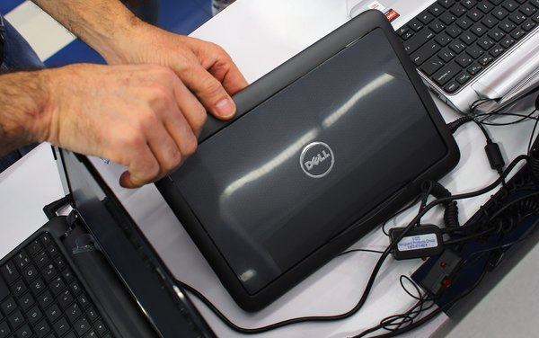 Las computadoras Dell usan el sistema operativo Windows.