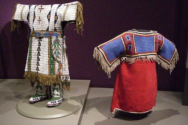 Los Sioux usaban generalmente diseños de figuras geométricas con un patrón central que unía a todos los elementos entre sí.