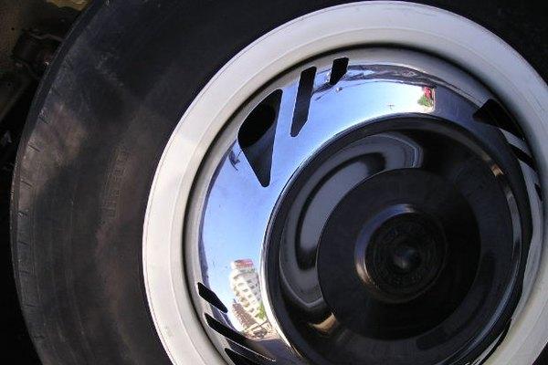 Remueve la pintura de tus neumáticos.