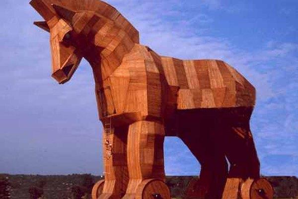 Representación del caballo de Troya.