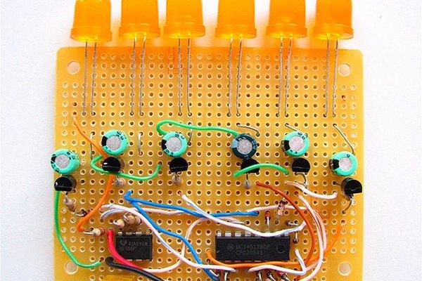 La construcción de una luz de LED de destello aleatorio es posible.