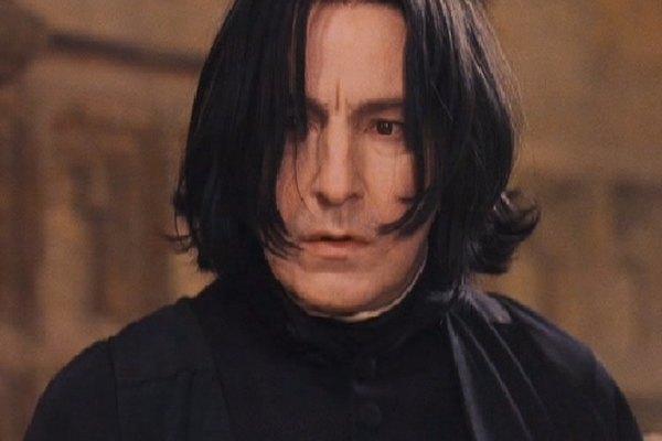 El profesor Severus Snape, como se lo representó en las películas de Harry Potter.