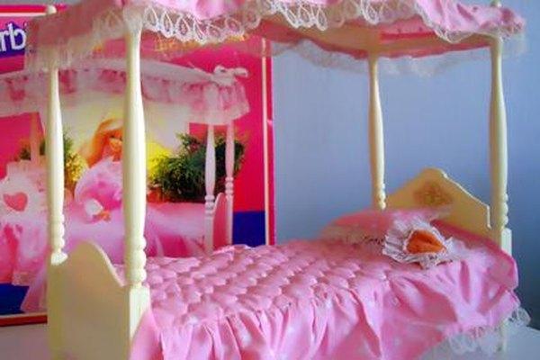 Las muñecas también necesitan su propio mobiliario.
