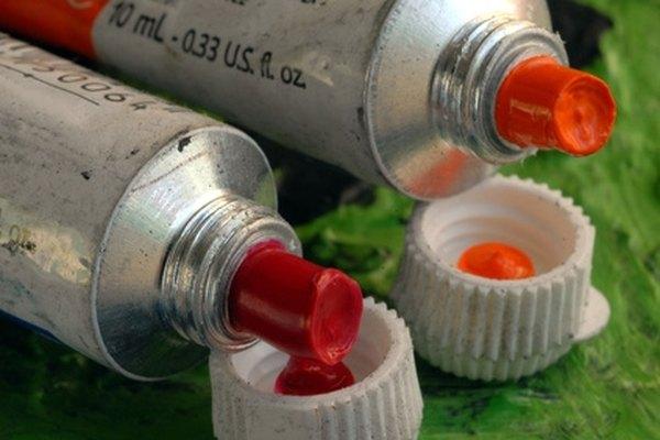 Mezcla pintura naranja.