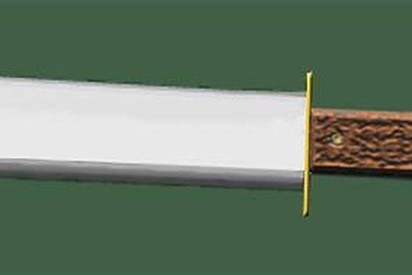 Fabricación de un cuchillo con una barra de motosierra.