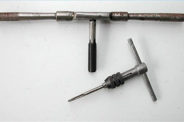 Las llaves se montan generalmente en un mango que les da un apalancamiento.