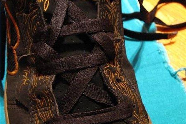 Personaliza el atado de tus zapatos.