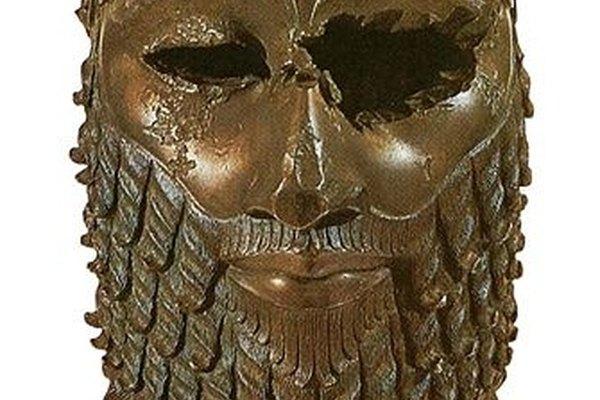Las máscaras de metal son otro ejemplo de la orfebrería de la Antigüedad.