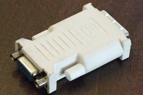 Los conectores DVI-D no pueden enlazarse con fuentes analógicas sin utilizar un convertidor.