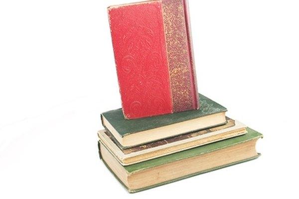 Prevén el daño excesivo por el uso en los libros de tapa blanda al reemplazar o cambiar la cubierta con una tapa dura.