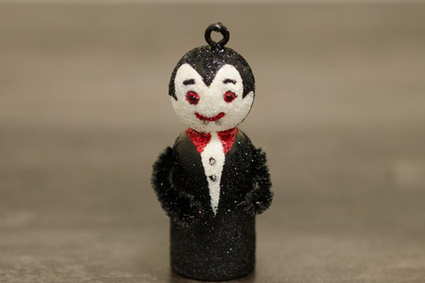 Vampire Halloween ornament